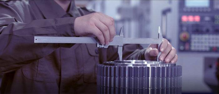 crane-parts-quality-control.jpg