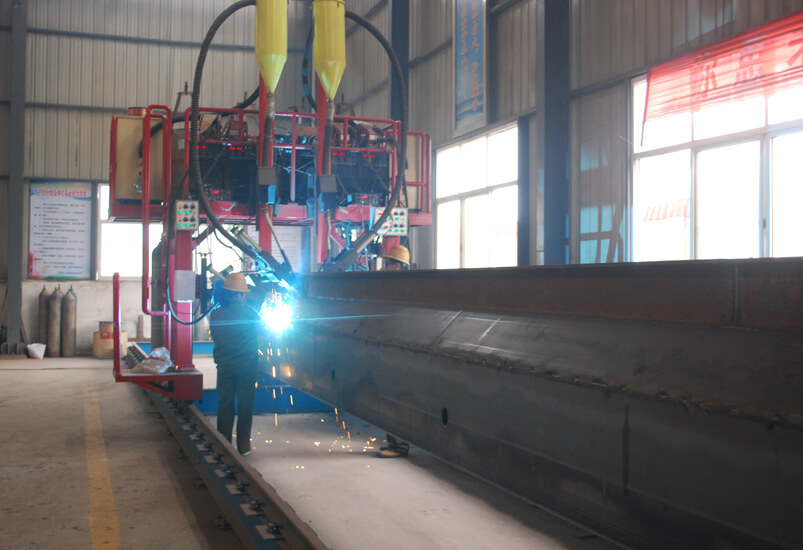 single-girder-welding-line.jpg
