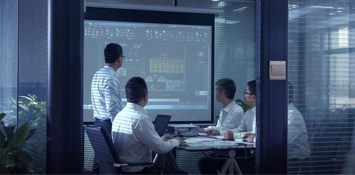 クレーン研究および開発エンジニアteam.jpg