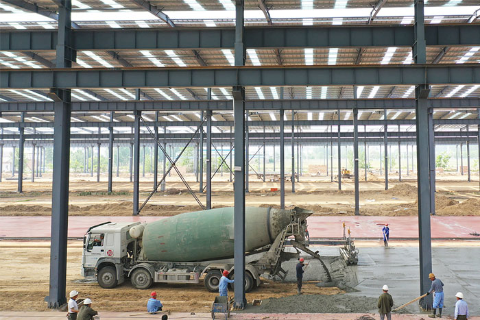 crane-intelligent-industrial-workshop-ground-hardening.jpg